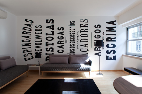 wall-typography-office-32